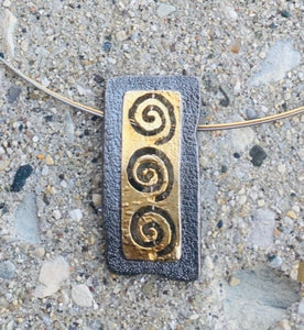 Two Tone Greek Labyrinth Necklace