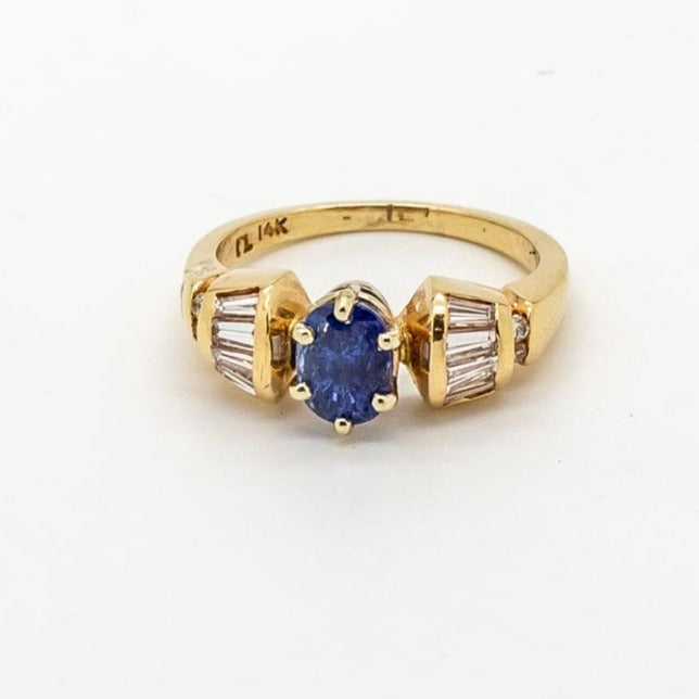 Beautiful Blue Sapphire and Tapered Diamond Baguette Ring