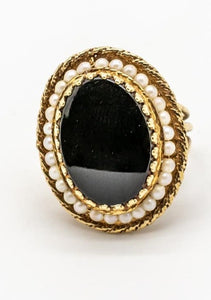 Large Black Onyx & Cultured Pearl Vintage Ring - 14kt Yellow Gold