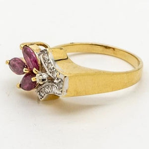Sparkling Diamond and Ruby Ring, 14kt Yellow Gold