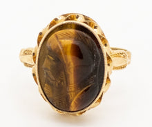 Load image into Gallery viewer, Vintage Tiger's Eye Ring with a Trojan Head Cameo - 10kt Yellow Gold