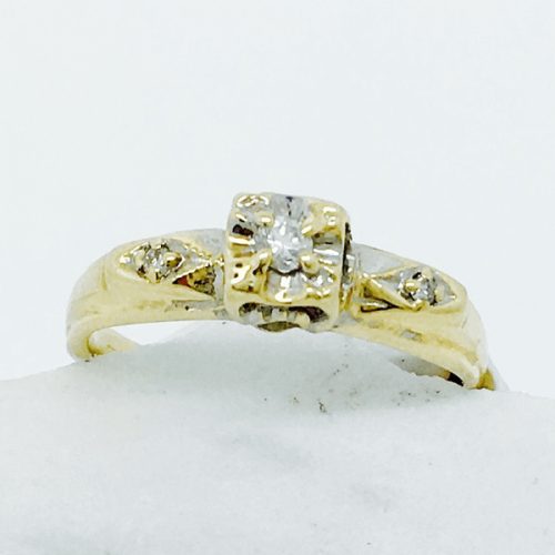 Vintage Engagement Ring with Illusion Head - 10kt Yellow Gold
