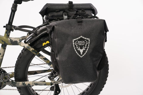 BAKCOU Dual Use Backpack/Pannier Bag - Wired Wheels