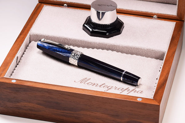 Montegrappa extra 8 otto - Butterfly - Blue Fountain Pen - gold Nib | Pen Venture - Passion for Luxury