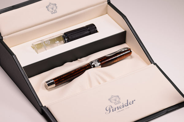 Pineider Arco - Limited Edition Fountain Pen | Pen Venture - Passion for Luxury