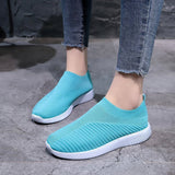 Slip-On Round Toe Low-Cut Upper Flat With Plain Sneakers