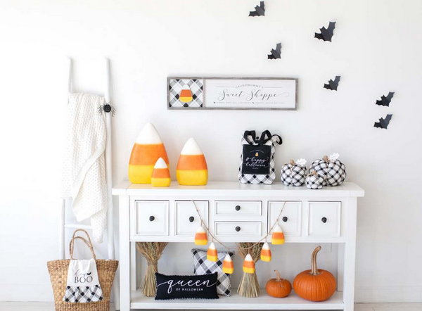 Reversible Candy Corn-Leaf Sign
