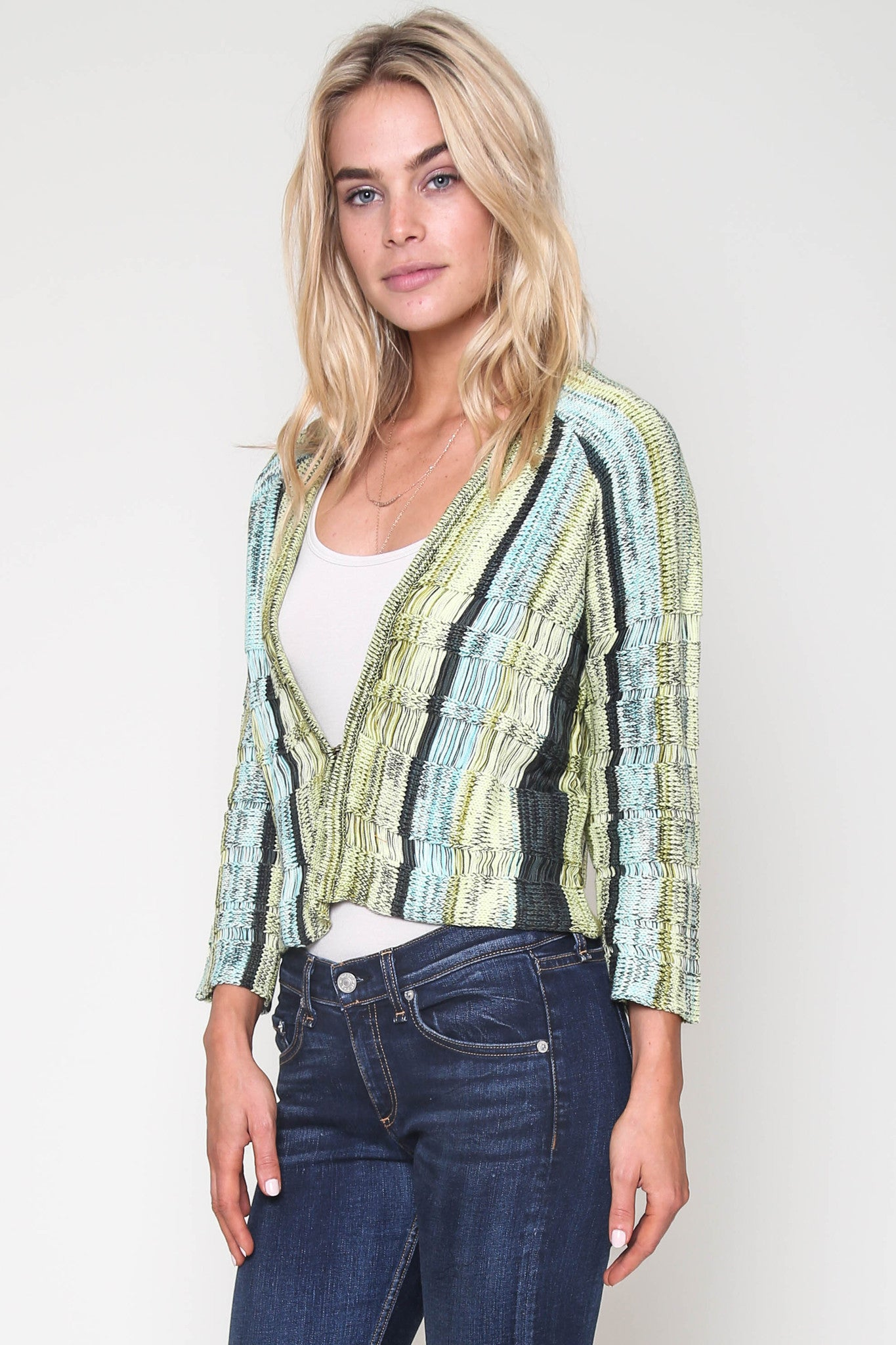 Izzy Cropped Cardi in Pool Side