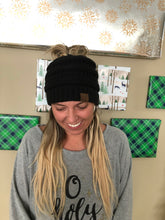 Load image into Gallery viewer, Messy Bun Hat
