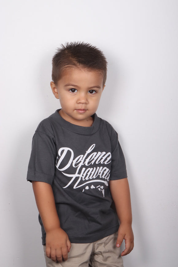 DH ! WILDSTYLE LOGO KIDS TEE  CHARCOAL/WHITE