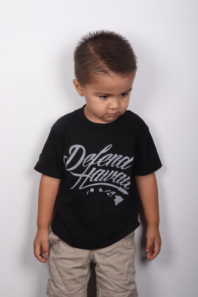 DH ! WILDSTYLE LOGO KIDS TEE  BLACK/LIGHT.GREY