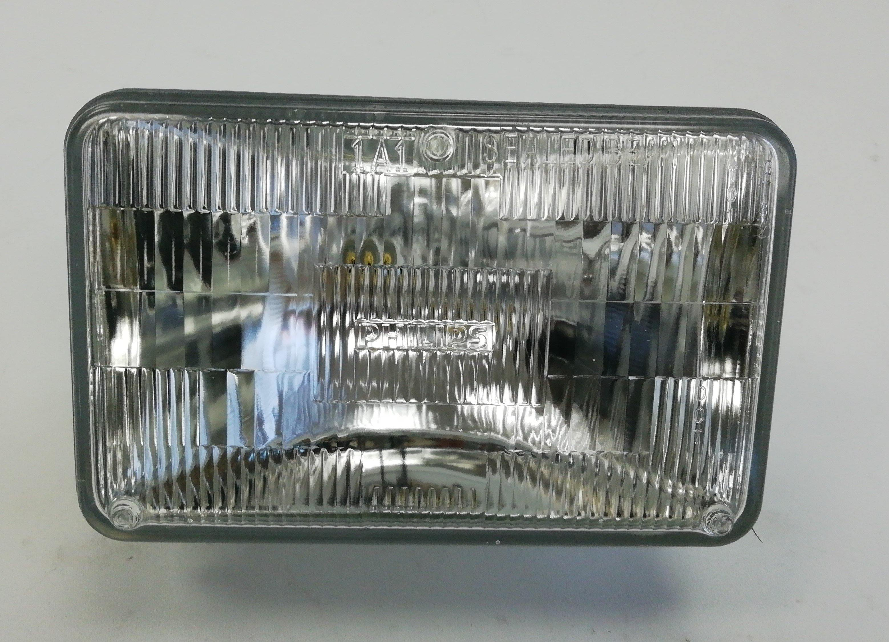 14191-N Kenworth T-800 Universal Headlight Square Small From 1 To 1