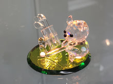 Load image into Gallery viewer, Tee Shot Teddy Crystal Figurine