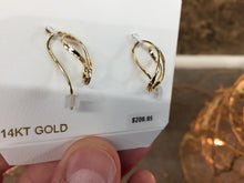 Load image into Gallery viewer, 14 K Gold Earrings