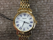 Load image into Gallery viewer, Seiko Women's Quartz Gold Tone Watch