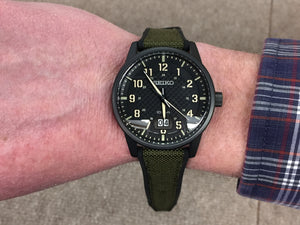 Seiko Big Date Sport Watch Carbon Fiber Style Dial