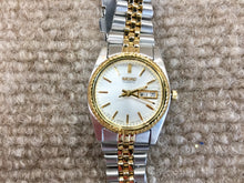 Load image into Gallery viewer, Seiko Women's Gold And Silver Color Watch
