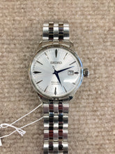 Load image into Gallery viewer, Seiko Presage Automatic 23 Jewel Watch SRPB77