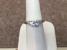 Load image into Gallery viewer, 14 K Gold Engagement Ring Mounting (Center Diamond Sold Separately)
