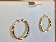 Load image into Gallery viewer, 14 K Yellow Gold Small Hoop Earrings