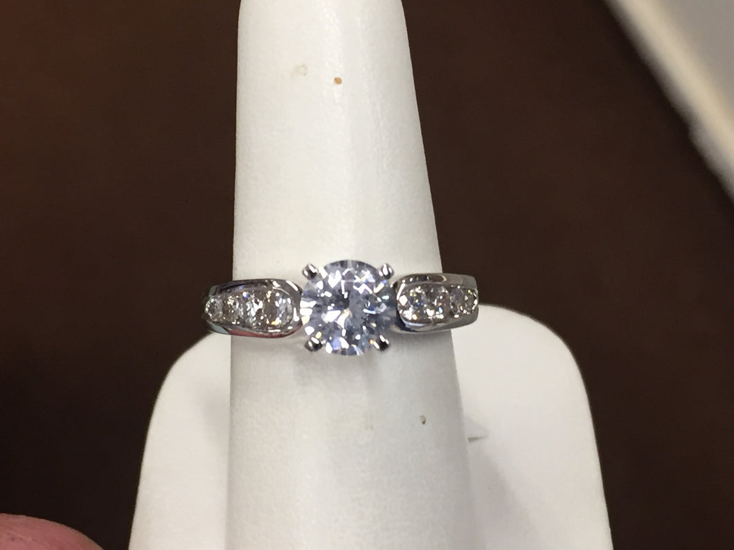 Diamond Engagement Ring Mounting With Side Diamonds