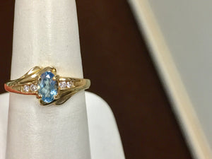 14 K Yellow Gold Aquamarine And Diamond Ring