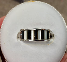 Load image into Gallery viewer, Onyx & Mother Of Pearl Silver Ring By John Kennedy