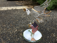 Load image into Gallery viewer, U.S.A Bald Eagle Glass Figurine