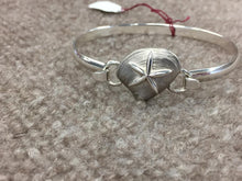 Load image into Gallery viewer, Starfish On Clam Silver Convertible Bracelet