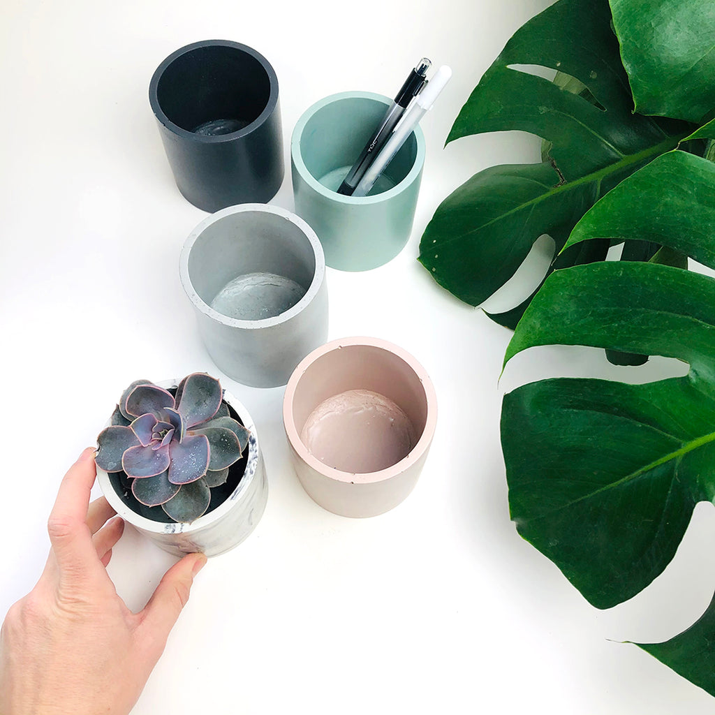 Round Concrete Planter + Vessel - Light Marble