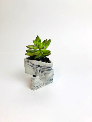 Small Triangle Planter - Light Marble
