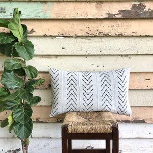 .PALE. 16x26 Mudcloth Cushion - Ice Grey