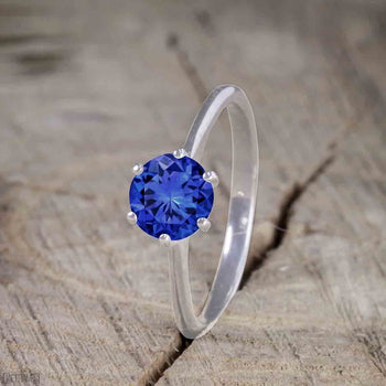 Beautiful 1 Carat Round Cut Sapphire Solitaire Engagement Ring for Women in White Gold