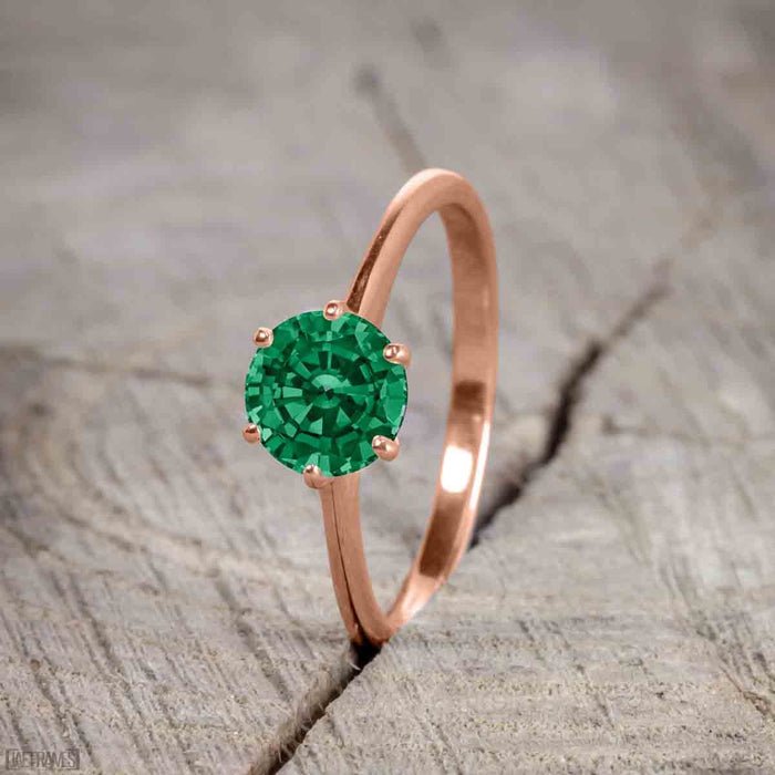 Beautiful 1 Carat Round cut Emerald Solitaire Engagement Ring for Women in Rose Gold