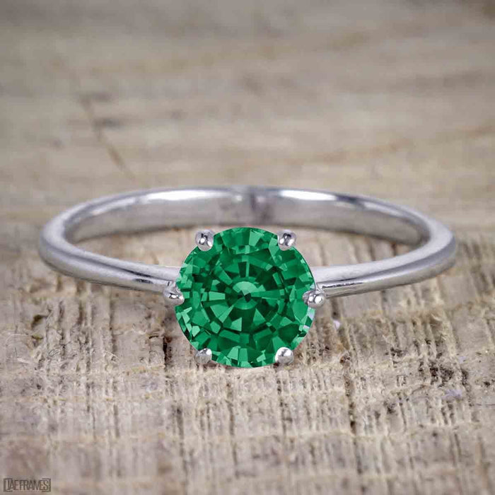 1 Carat Round cut Emerald Solitaire Engagement Ring in White Gold
