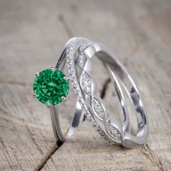 1.50 Carat Round cut Emerald and Diamond Trio Wedding Ring Set for Women in White Gold