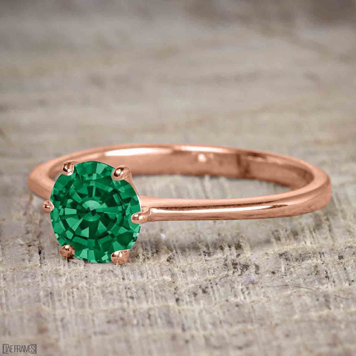 1 Carat Round cut Emerald Solitaire Engagement Ring in Rose Gold