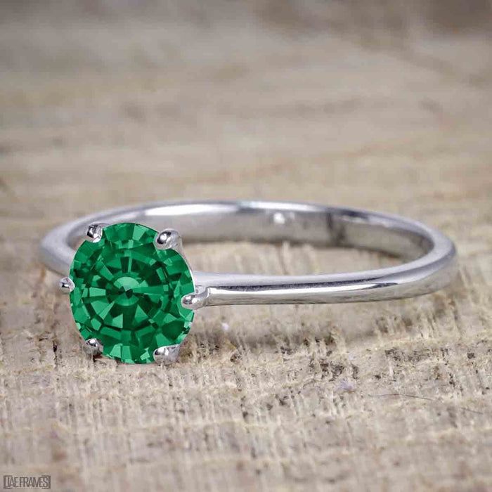 1.25 Carat Round cut Emerald and Diamond Wedding Ring Set in White Gold