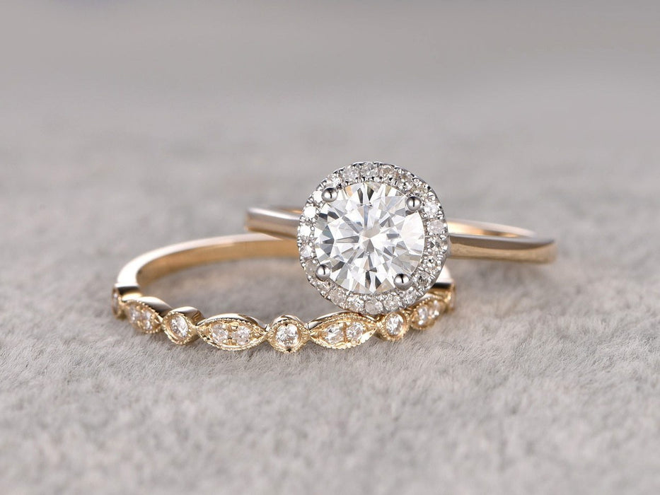 1.50 Carat Round Cut Moissanite and Diamond infinity Wedding Ring Set in Yellow Gold