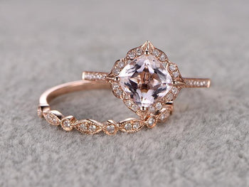 Limited Time Sale 2 Carat Cushion Cut Morganite and Diamond Art Deco Wedding Ring Set in Rose Gold