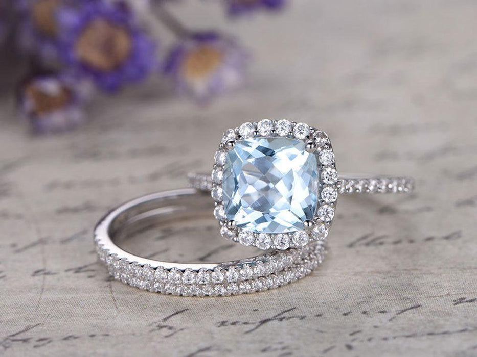 Elegant 2 Carat Princess cut Aquamarine and Diamond Trio Wedding Art deco Ring Set in White Gold