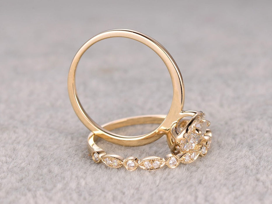 1.50 Carat Round Cut Moissanite and Diamond Wedding Ring Set in Yellow Gold