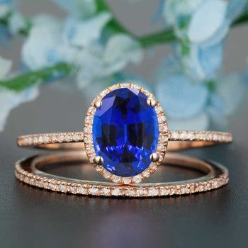 1.50 Carat Oval Cut Sapphire and Diamond Wedding Ring Set in Rose Gold Dazzling Ring