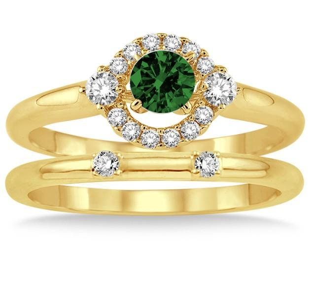 1.25 Carat Emerald & Diamond Elegant Flower Halo Bridal Set on Yellow Gold