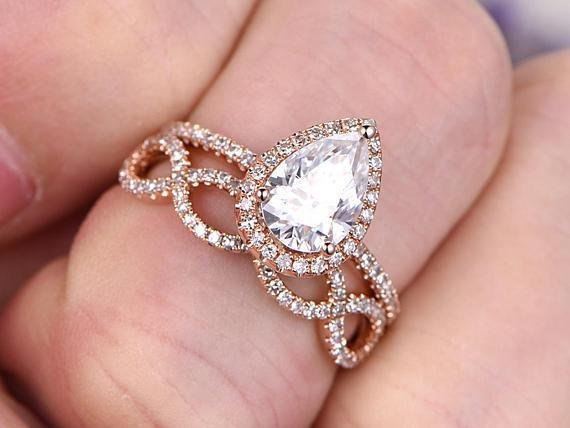 1.50 Carat Pear Cut Moissanite and Diamond Wedding Ring Set in Rose Gold