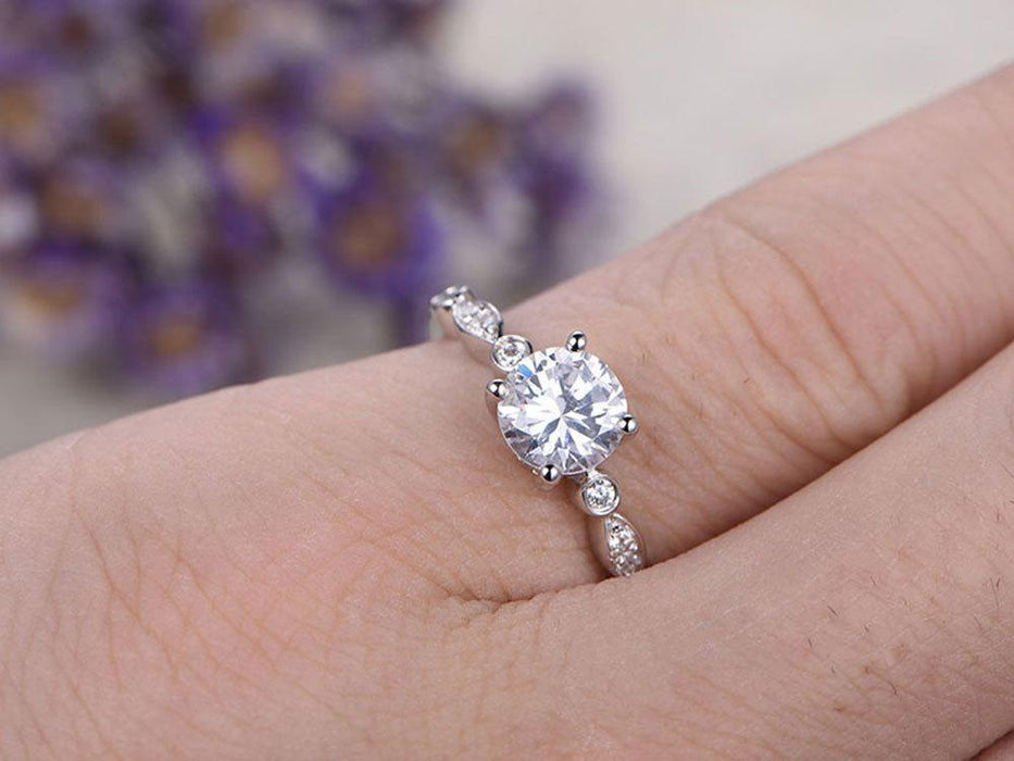 1.25 Carat Round Cut Moissanite and Diamond Engagement Ring for Her in White Gold