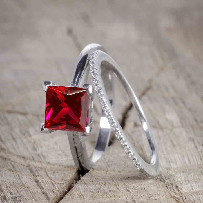 Unique 1.50 Carat Princess cut Ruby and Diamond Trio Wedding Ring Set in White Gold for Her