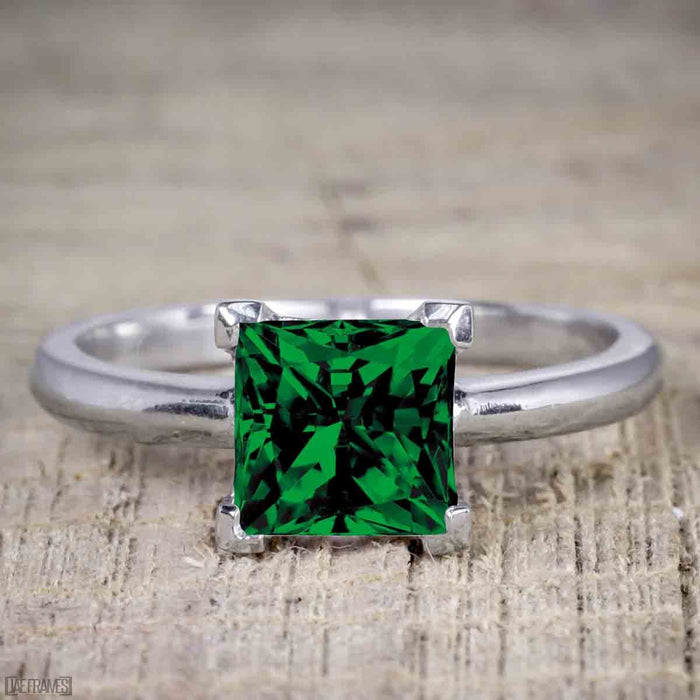 1 Carat Princess cut Emerald Solitaire Engagement Ring in White Gold