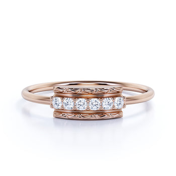 Vintage Style Stackable Ring with Round Shape Diamonds in Rose Gold
