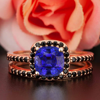 Modern 1.50 Carat Cushion Cut Sapphire and Diamond Wedding Ring Set in Rose Gold